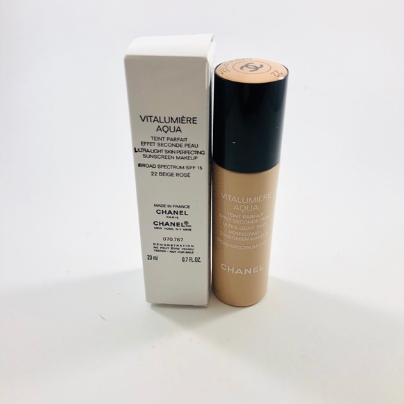 CHANEL Other - Chanel Vitalumiere Aqua Foundation 22 Beige Rose